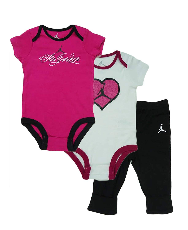قط المشروبات إمرأة شابة name brand baby girl clothes